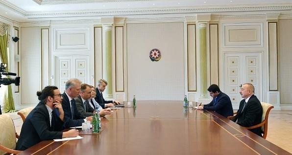 Ильхам Алиев принял спецпредставителя ЕС