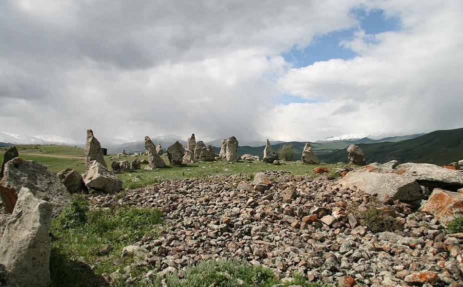 Армяне приписывают наши памятники «инопланетянам»