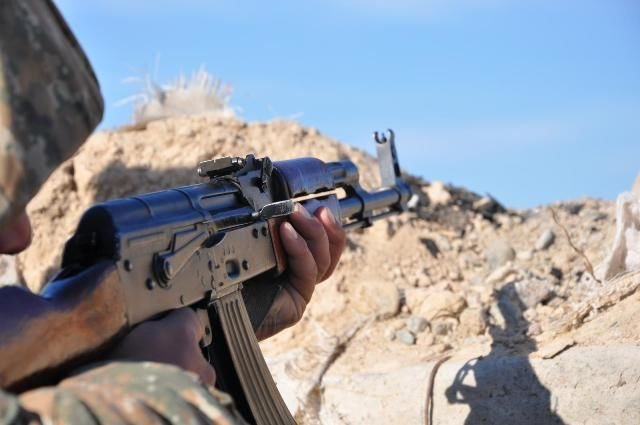 Армяне применили снайперские винтовки
