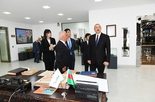 Ильхам Алиев на церемонии запуска электростанции - Фото