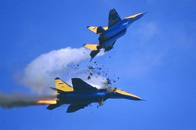 Два истребителя Су-34 столкнулись в небе