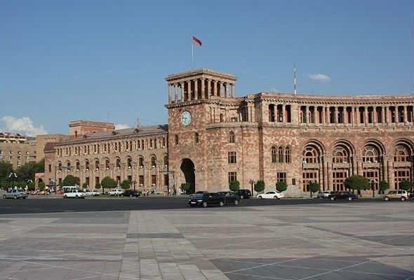 Армения претендует на роль «маяка демократии»