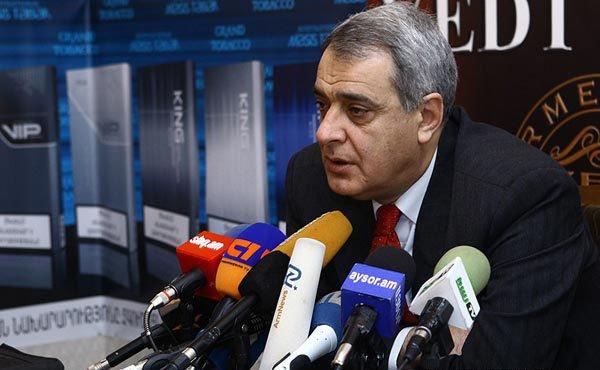 Шахназарян: Вопрос Карабаха идет по сценарию Баку