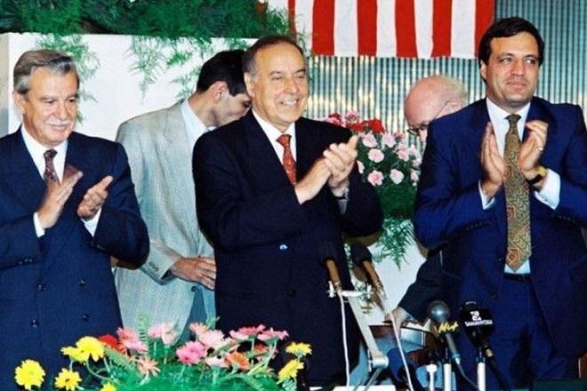 25 лет со дня подписания «Контракта века»
