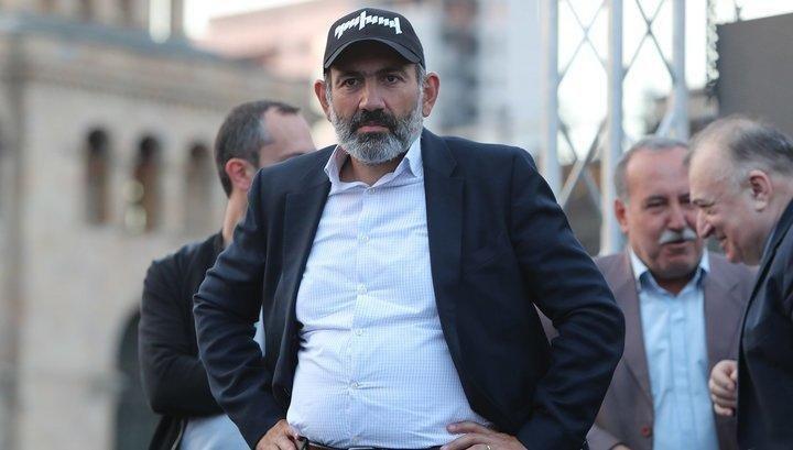 В Ереване требуют возбудить уголовное дело против Никола