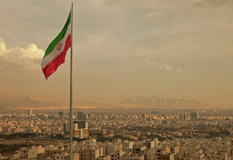 Иран начал незапланированные военные учения вблизи границы с Турцией