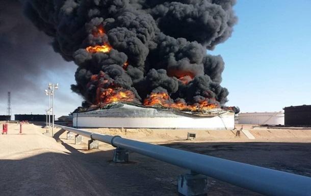 На нефтебазе в США произошел пожар