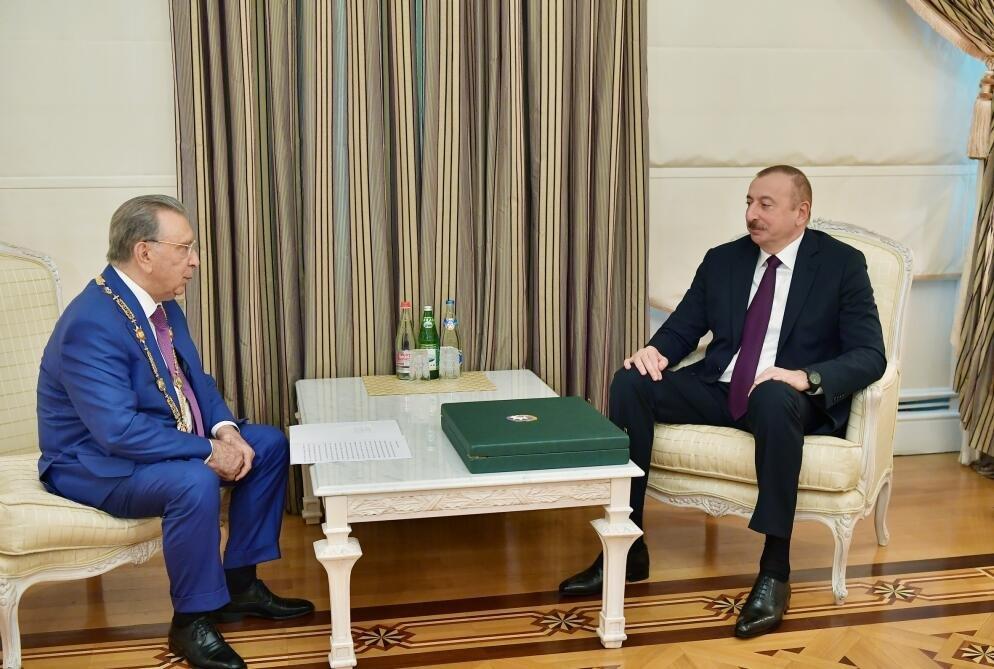 Президент утвердил Рамиза Мехдиева на новую должность