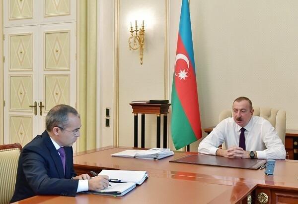 Ильхам Алиев принял Микаила Джаббарова