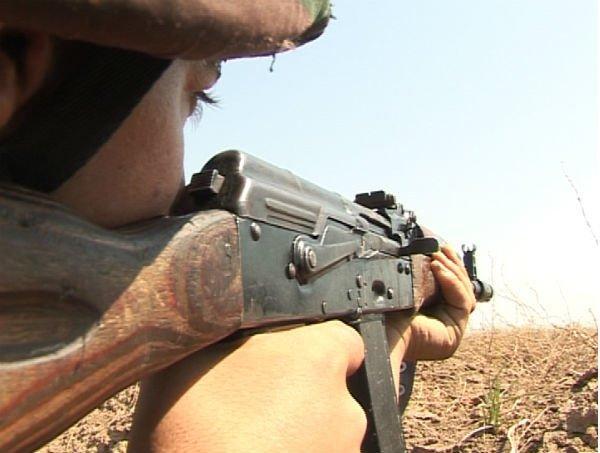 Армяне продолюают обстрел