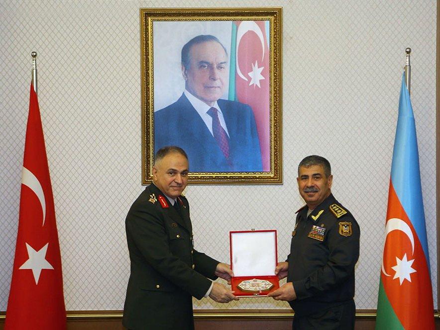 Закир Гасанов: «Азербайджан расширяет сотрудничество с Турцией в военной сфере» - ФОТО