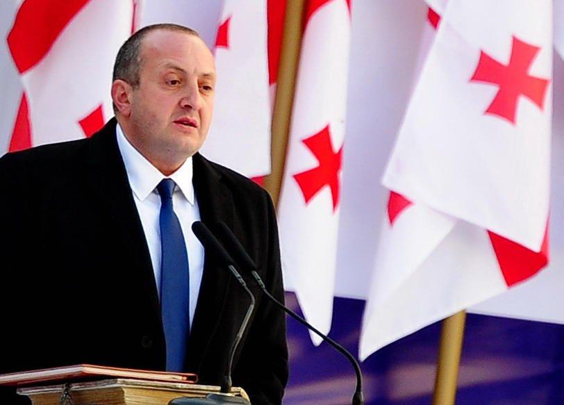 Экс-президент Грузии поддержал протестующих