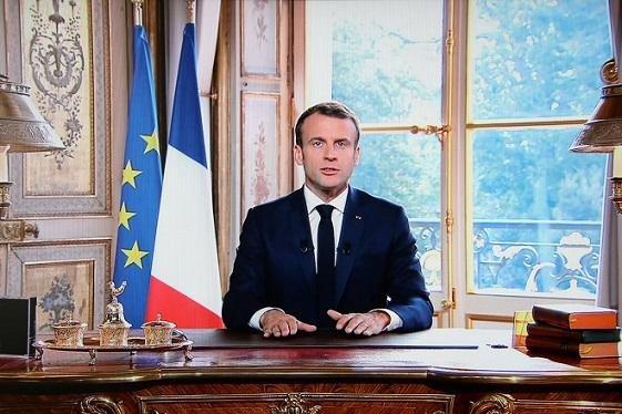 Макрон призвал Иран освободить задержанных французов