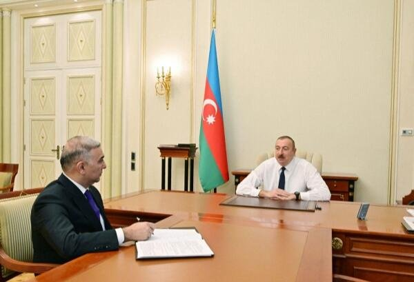 Ильхам Алиев принял Вугара Ахмедова