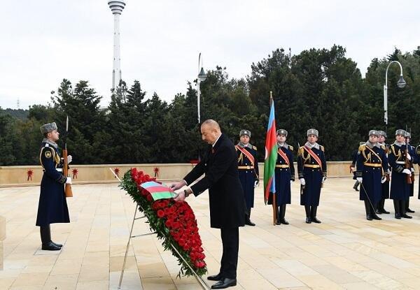 Президент Ильхам Алиев посетил Аллею шехидов - Фото