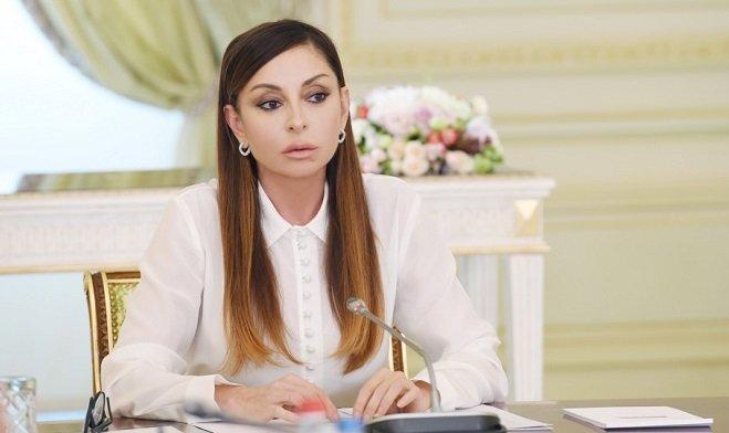 Мехрибан Алиева поздравила Михаила Гусмана
