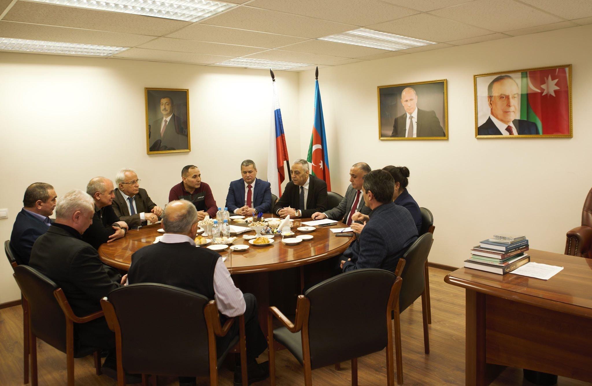 В Москве в доме азербайджанской общины России состоялась встреча академика Фазиля Курбанова с Карабахскими ветеранами