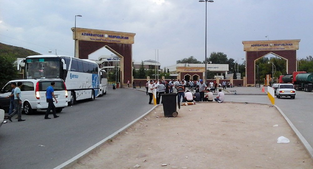 Азербайджан продлил срок закрытия границы с Грузией