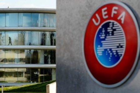 УЕФА обвинили в распространении коронавируса