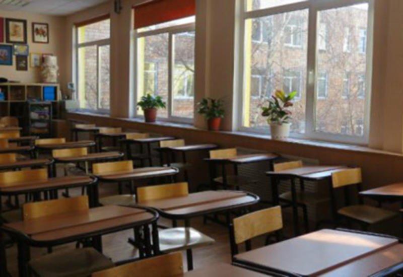 Во Франции вновь закрыли школы из-за новых случаев заражения коронавирусом