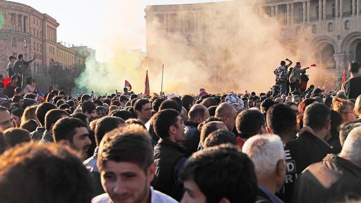 Пашинян передает Турции контроль над Арменией – Заявление