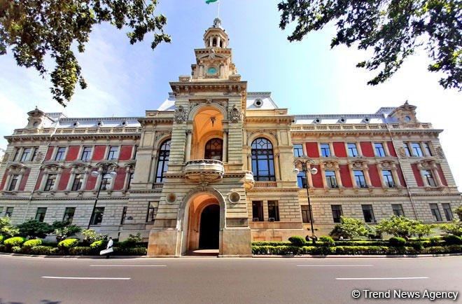 Мэр Баку предупредил руководство ИВ двух районов столицы