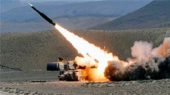 Армия наносят артиллерийские удары по позициям врага