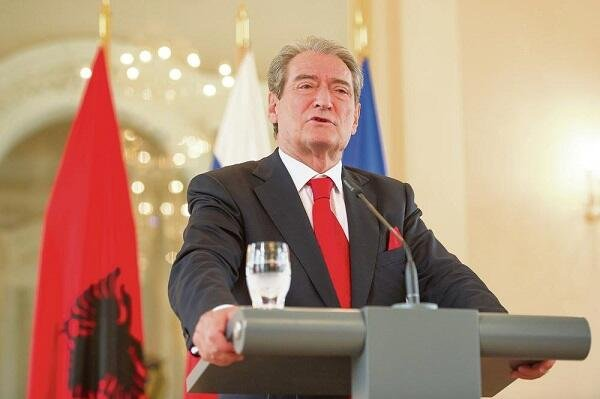 Экс-президент Албании поддержал Азербайджан