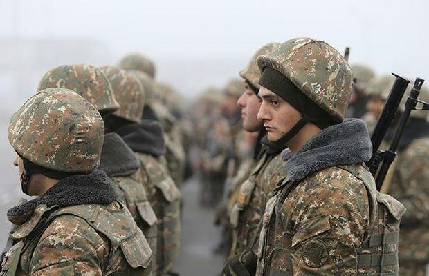 В Армении контрактники отказываются идти на фронт