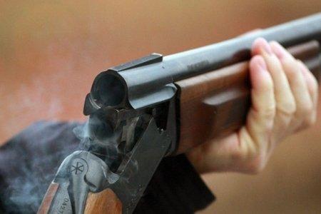 В Сальянском районе отец застрелил дочь и совершил суицид