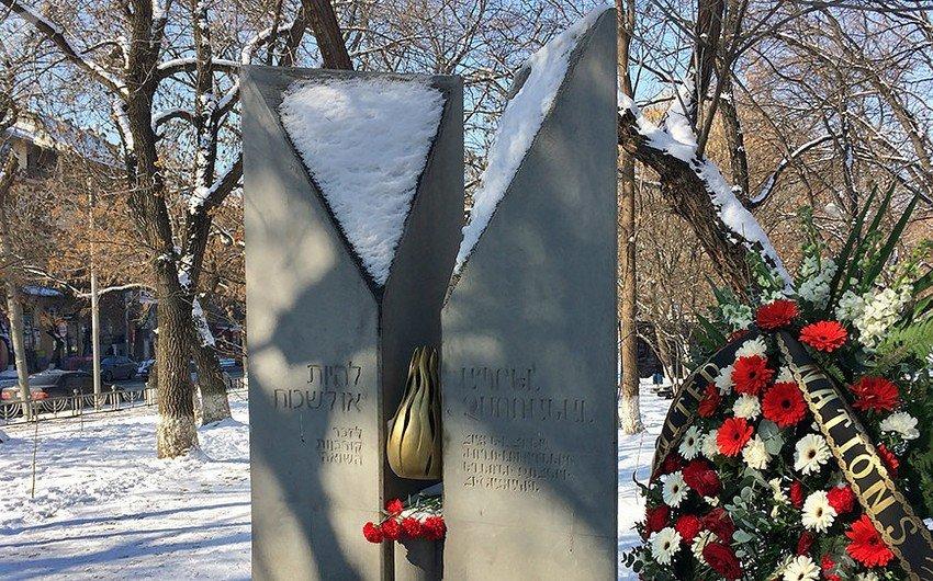 В Ереване осквернили памятник жертвам Холокоста