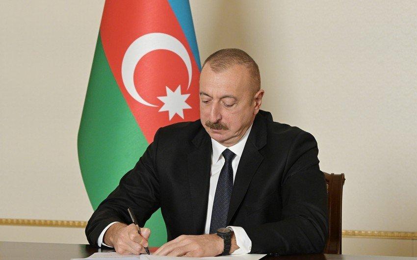 Президент отозвал послов Азербайджана в двух странах