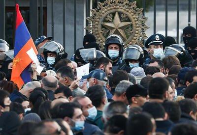 Все дороги ведут... к смене власти в Армении? - АНАЛИЗ от Пярвина Мирзазаде