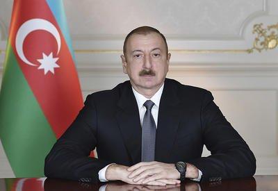 Президент Ильхам Алиев поздравил Президента Турции