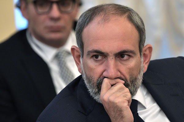 Пашинян подаст в отставку, назван срок