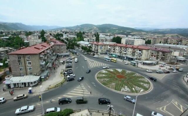 Армяне покидают Ханкенди - Видео
