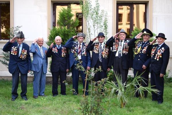 Азербайджан отправил на фронт около 700 тысяч человек, половина из них не вернулась домой - погибли или пропали без вести.