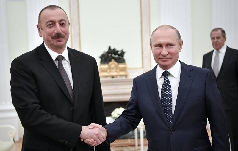 Путин и Алиев провели телефонный разговор