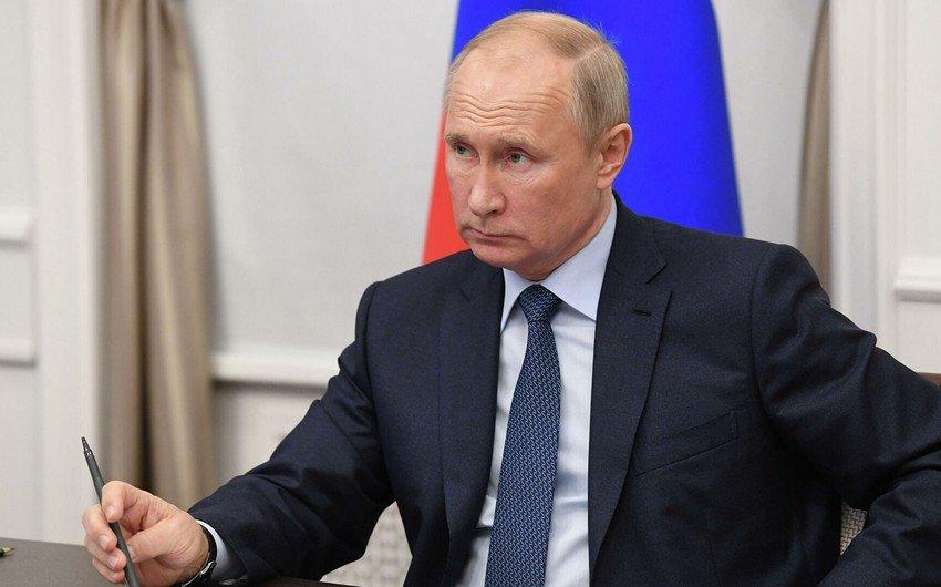 Путин объявил о скором выпуске четвертой вакцины от коронавируса