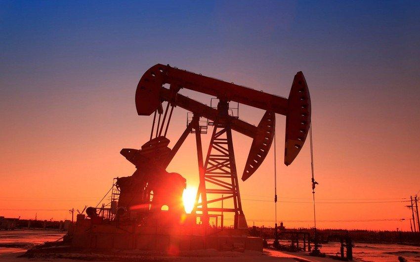 Нефть дорожает в надежде на рост спроса из-за ослабления пандемии