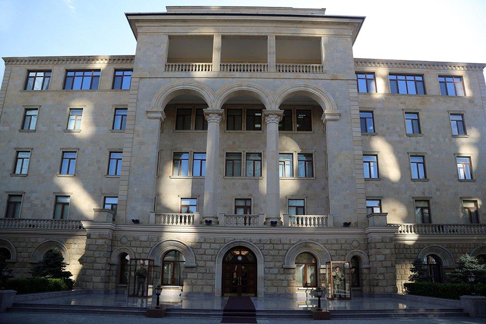 Азербайджан взял в плен 6 армянских военных