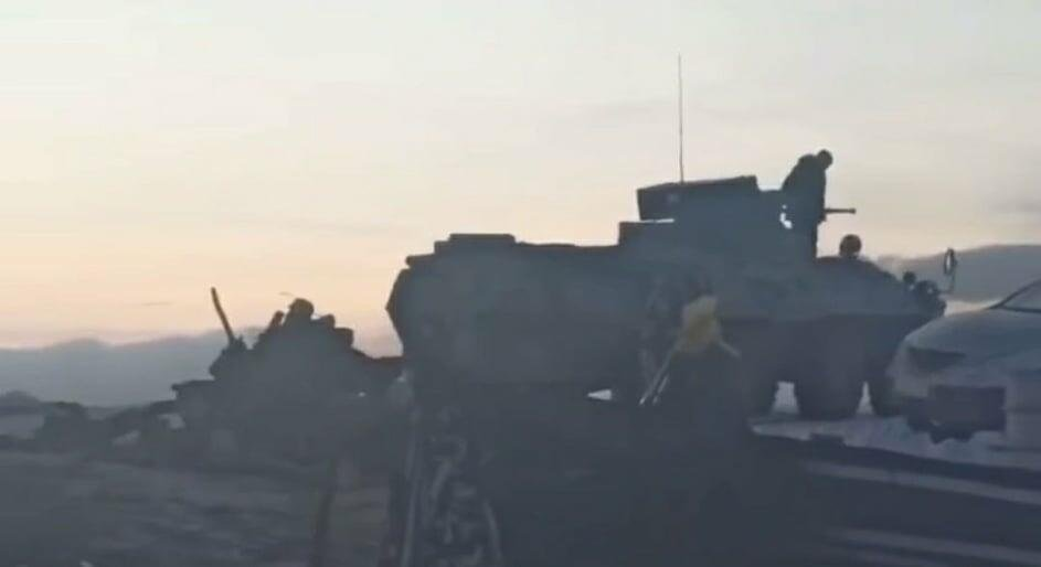 Армяне стягивают танки к границе с Азербайджаном - МО