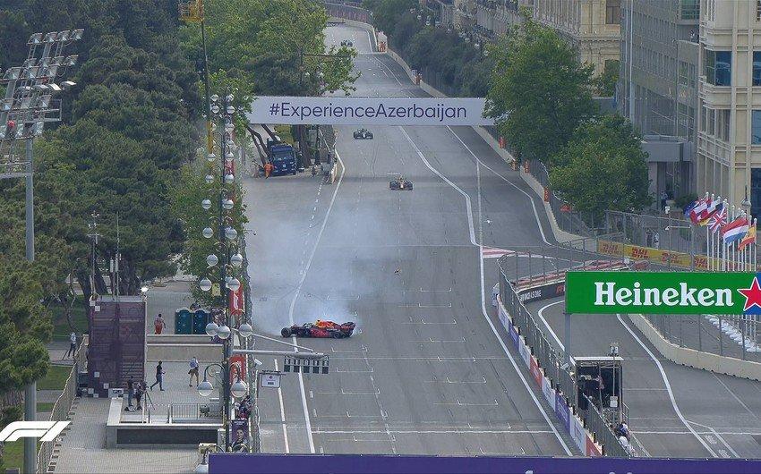 Гран-при Азербайджана: Ферстаппен попал в аварию