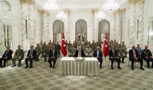 Ильхам Алиев и Реджеп Тайип Эрдоган следят за игрой сборной Турции
