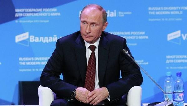 Путин: При вкладе России остановлен конфликт в Карабахе