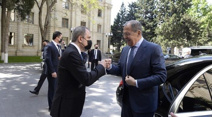 Байрамов и Лавров провели переговоры