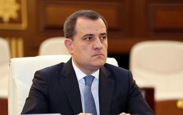 Байрамов встретился с главой представительства ЕБРР