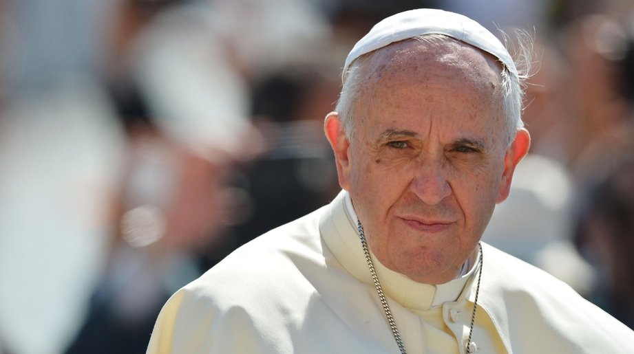 Папа Римский прооперирован