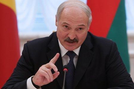 Лукашенко предостерег интеллигенцию Беларуси от вмешательства в политику