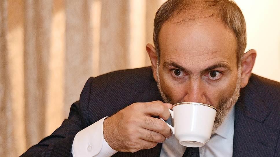 Paşinyan təlaşa düşdü: 20 deputat ayrılır...